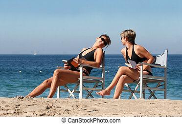 2, praia, mulheres