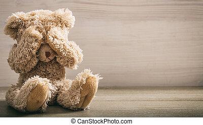 abuso, concept., criança, olhos, urso, cobertura, pelúcia