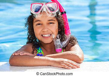 africano, biracial, americano, criança, menina, piscina, natação
