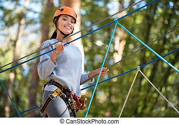 agradável, mulher, atividades, levando, olhar, bom, prazer, escalando