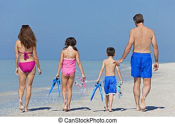 andar, filha, família, &, pai, criança, mãe, praia