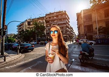 andar, mulher, café, afastado, tomar, rua