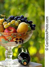 basket., fruta, garrafa vinho, vermelho