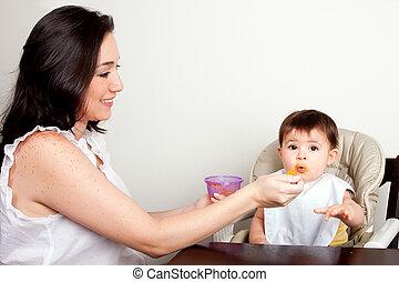 bebê, engraçado, comedor, sujo