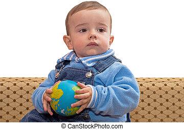 bebê, globo, segurando