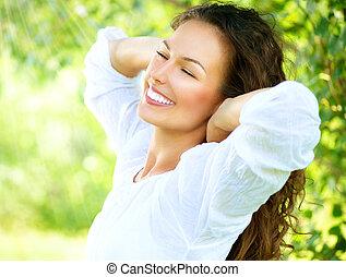 bonito, apreciar, mulher, natureza, outdoor., jovem