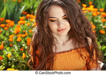 bonito, morena, hairstyle., beleza, saudável, hair., longo, ondulado, portrait., ao ar livre, woman.