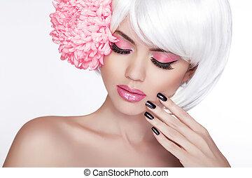bonito, perfeitos, mulher, femininas, lilás, beleza, face., maquilagem, fundo, isolado, manicured, flower., dela, fresco, loura, spa, skin., retrato, branca, tocar, nails.