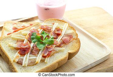 brinde, queijo, moranguinho, toucinho, yogurt, pão