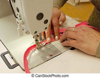 (close, cosendo, zippers, cima)