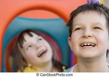 crianças, feliz