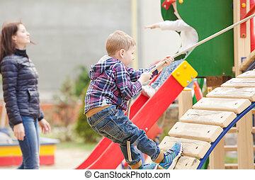 crianças, pátio recreio