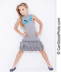 cute, pequeno, posar, menina, vestido