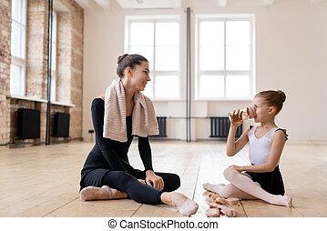 dança, discutir, seu, bailarinas