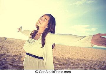 desfrutando, mulher, praia, dela, tempo