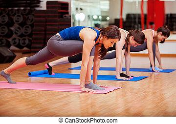 durante, classe ioga, concentrar