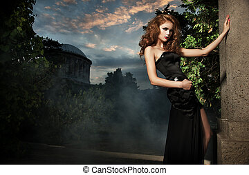elegante, mulher, jardim, excitado