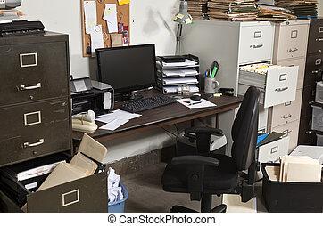 escritório, untidy