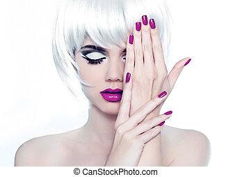 estilo, moda, polaco, nails., beleza, mulher, maquilagem, manicured, shortinho, hair., retrato, branca