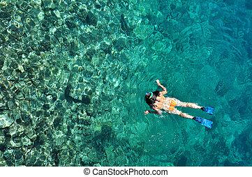 excitado, mulher, snorkeling