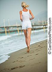 executando, mulher, praia, jovem