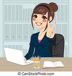 executiva, trabalhando escritório