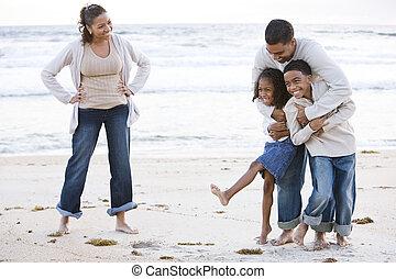 feliz, praia, rir, família, africano-americano