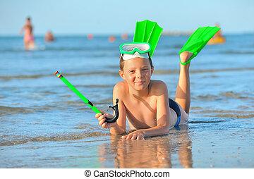 flippers natação, óculos proteção, snorkel, menino