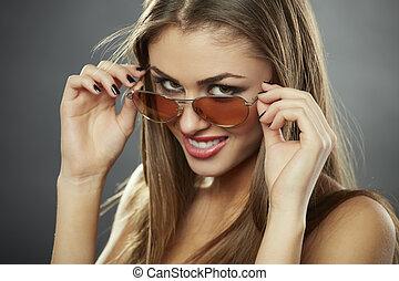 flirty, óculos de sol, chique