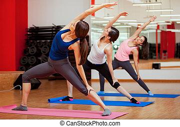 ginásio, desfrutando, classe ioga