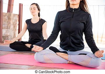 ginásio, meditação, classe ioga