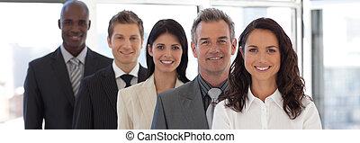 guiando, equipe, negócio mulher