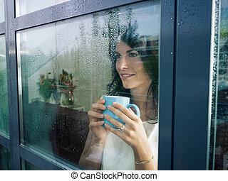 janela, mulher, olhar fixamente
