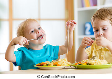 jardim infância, comer, crianças
