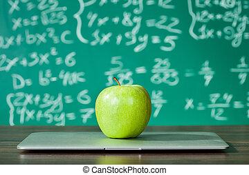 laptop, maçã, escrivaninha