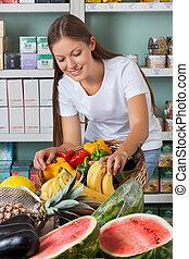 legumes, shopping mulher, supermercado, frutas