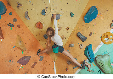menina, escalando, ginásio