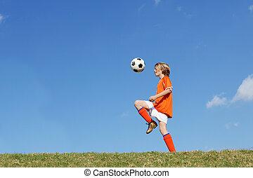 menino, football., chutando, futebol, tocando, criança