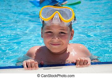 menino, máscara, snorkeling, piscina