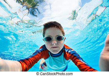 menino, natação subaquático