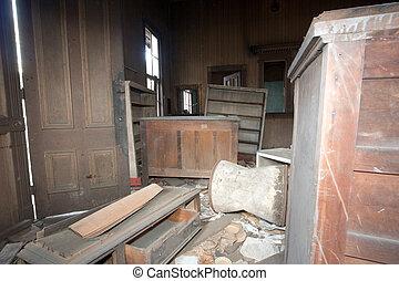 mobília, trashed, quebrada