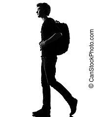 mochileiro, andar, silueta, homem jovem