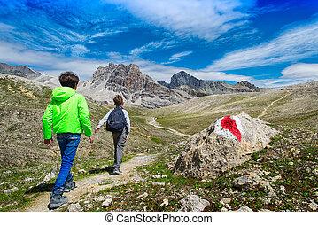 montanhas, jornada, crianças, durante