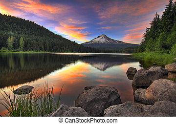 monte, pôr do sol, lago, capuz, trillium