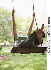 mulher, balançando, balanço