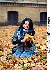 mulher, bonito, jovem, parque, outono