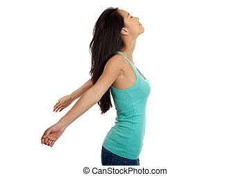 mulher, braços abertos, relaxante, asiático