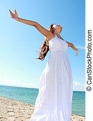 mulher, dela, liberdade, braços, desfrutando, abertos
