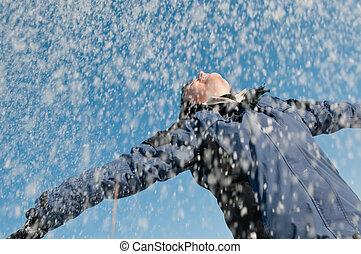 mulher, inverno, jogar, -, neve, desfrutando