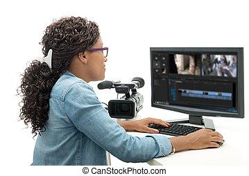 mulher, jovem, americano, editor vídeo, bonito, africano